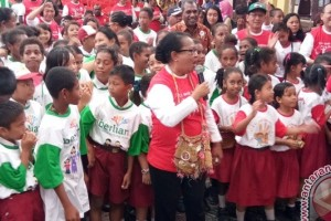 Menteri Yohana hadiri Kampanye Berlian di Jayapura