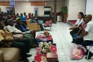 Masyarakat adat tuntut PLN Papua bayar kompensasi sempadan sungai Rp20 miliar