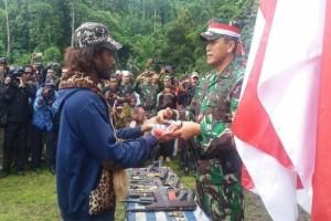 77 mantan TPN/OPM kembali ke NKRI