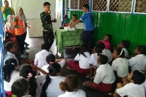 Tim ekspedisi NKRI gelar penyuluhan narkoba di SDI Syuru