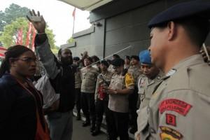 Bandara Sugapa dipalang pendukung paslon kalah pilkada