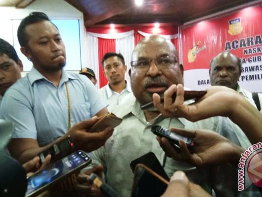 Gubernur Papua Lukas Enembe merasa dikriminalisasi terkait pilkada 2018