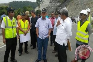 Menteri PUPR tinjau proyek infrastruktur di Papua