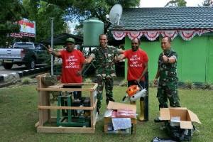 Dandim Jayawijaya bantu mesin penggiling kopi kepada petani