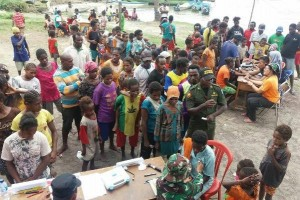 Tim Ekspedisi NKRI gelar pengobatan massal di Distrik Menyamur