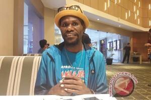 Komedian Cello berharap anak Papua berani berkreasi