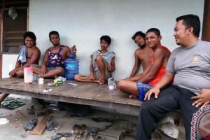 Polsek Unurum Guay gelar patroli kunjungi kampung