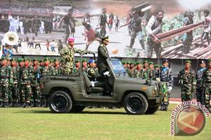Masyarakat Jayapura antusias saksikan kegiatan HUT TNI