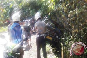 Belasan pelajar Serui luka-luka akibat kecelakaan