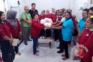 Pertamina Maluku-Papua serahkan bantuan ke sejumlah panti asuhan