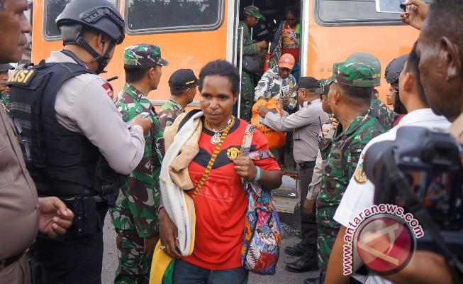 Pemkab Demak utus tiga pejabat jemput pengungsi Tembagapura