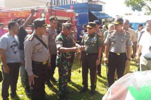 Pangdam dan Kapolda Papua tinjau kondisi pengungsi Tembagapura