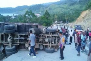 Kecelakaan di Jayapura mengakibatkan 13 orang terluka