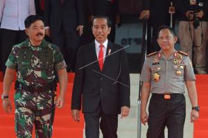 Presiden minta Panglima-Kapolri tangani wabah penyakit di Papua