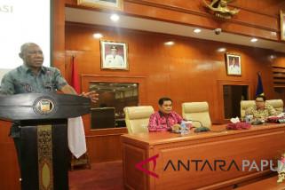Pemprov Papua larang kabupaten/kota mutasi pegawai
