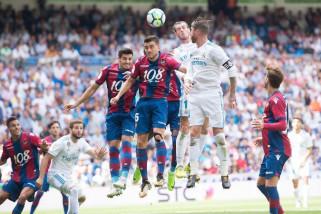 Real Madrid bermain imbang di kandang Levante