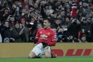 Manchester United maksimalkan kesempatan setelah City ditahan Burnley
