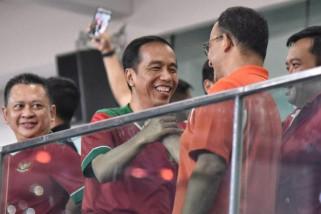 Keakraban Jokowi dan Anies di Piala Presiden