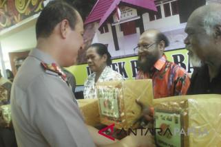 Kapolda Papua resmikan dua gedung polsek di Biak Numfor