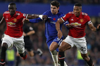Manchester United kalahkan Chelsea 2-1
