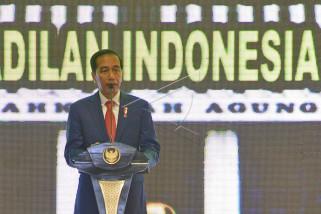 Jokowi mengaku masih godok nama-nama cawapres 2019