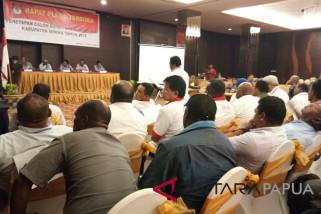 Rapat pleno penetapan paslon pilkada Mimika berlangsung alot