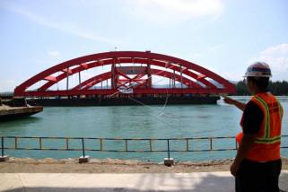 Pembangunan jembatan Holtekam capai 95 persen