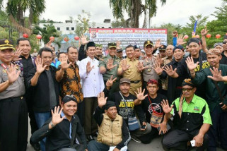 Polda Papua bersama warga deklarasikan antihoax