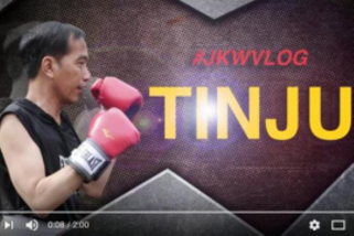 Presiden Jokowi berlatih tinju dengan ajudan