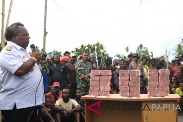Uang perdamaian adat di Mimika
