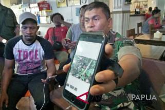 TNI korban penembakan KKSB dievakuasi ke Jayapura