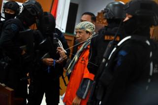 Terdakwa teroris: pelaku bom Surabaya sakit jiwa