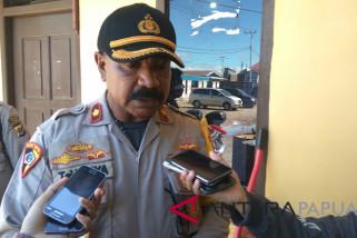 TNI dan Polri amankan pendistribusian logistik Pilkada Mimika
