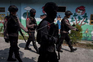 Polisi tembak mati dua terduga teroris