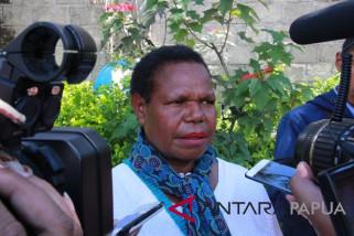 Dinkes Nduga sewa helikopter untuk distribusi obat-obatan