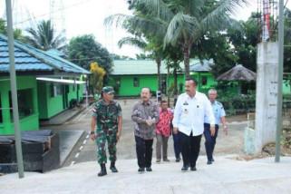 Ketua Ombudsman RI kunjungi pos Satgas Yonif 501 Kostrad di Papua