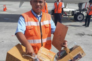 Satgas pengamanan Bandara Sentani amankan puluhan satwa dilindungi