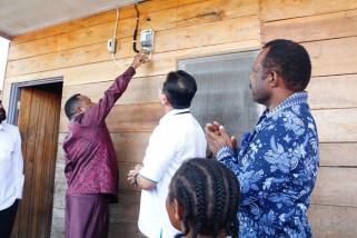 PLN WP2B targetkan pelayanan listrik di tujuh ibu kota kabupaten