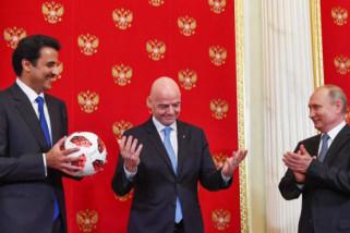 Rusia serahkan tanggung jawab tuan rumah Piala Dunia kepada Qatar