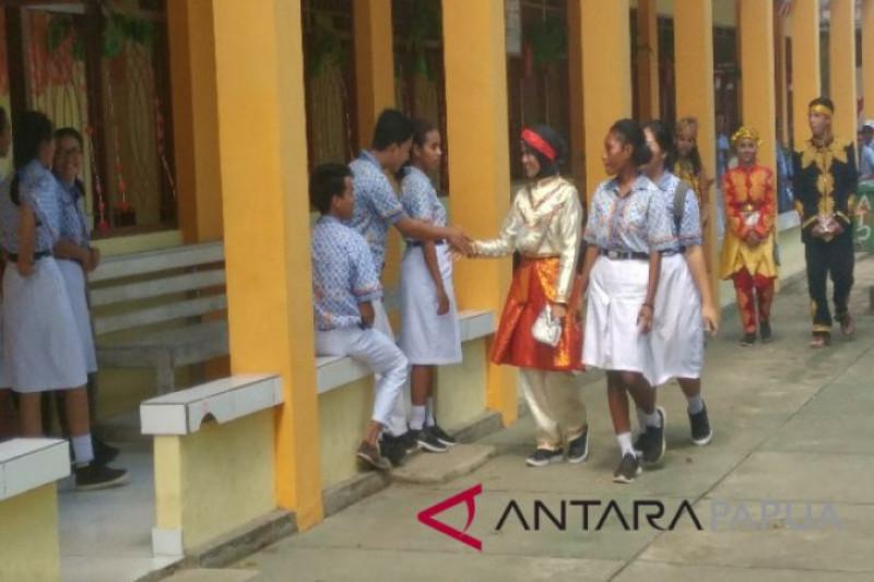 SMN Aceh berinteraksi dengan Pelajar Papua