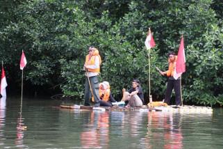 FKJ gelar upacara Hari Kemerdekaan RI di hutan bakau