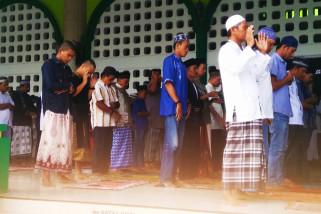Khatib: ibadah kurban mengajarkan berbagi dengan sesama