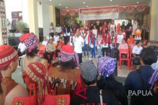 Peserta SMN Aceh dan Wali Kota Jayapura