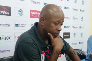 Persipura pecat pelatih Amilton Oliviera