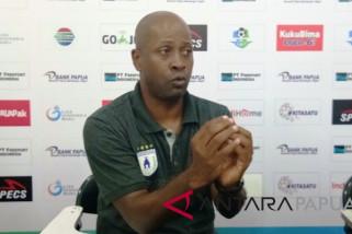 Pelatih Persipura : babak kedua kurang tenang sehingga kalah dari Mitra Kukar