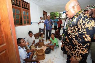 Gubernur Papua minta pemuda terus mengasah kemampuan