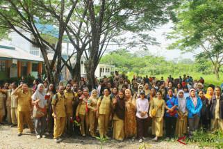 Guru SMA dan SMK Mimika mogok mengajar