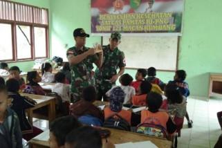 Yonif 121/MK gelar penyuluhan kesehatan di perbatasan RI-PNG