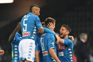 Napoli tempel Juventus di puncak klasemen Liga Italia