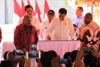Gubernur  berharap Jokowi kembali bangun Papua lima tahun ke depan